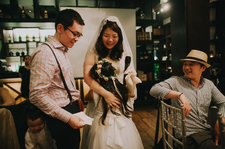 Vineyard Hortpark intimate wedding - bride groom speeches
